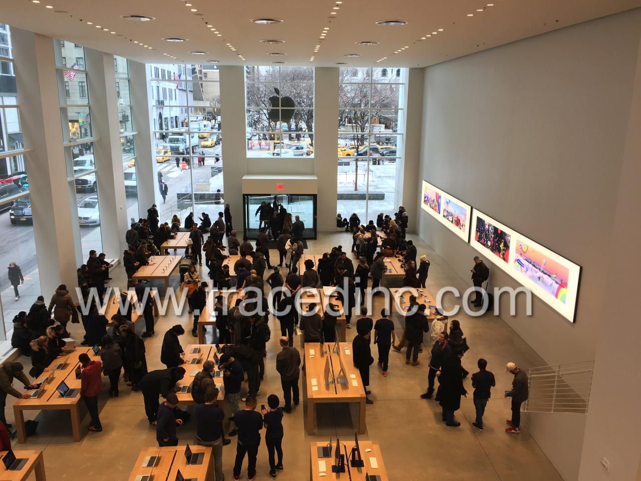 Temporary Apple Store FAO Schwartz Location